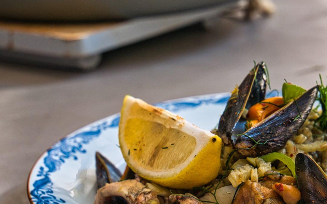 Leer hoe je een paella nero maakt en waan je in zonnige oorden